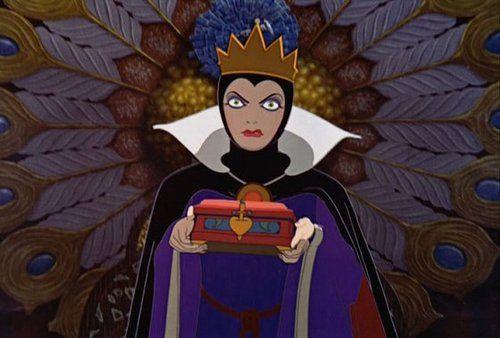 snow-white-evil-queen-1347512549_b